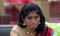மவளே நாமினேஷனுக்கு வா வச்சிக்குறோம்..! ஜுலி செய்த வேலை..!